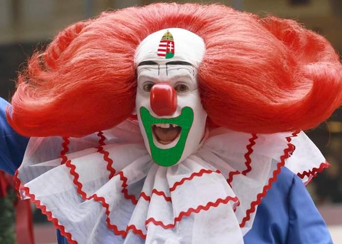 """Laszlo Tokes distrează copiii în timpul liber! Se costumează în """"Bozgo, the clown"""""""