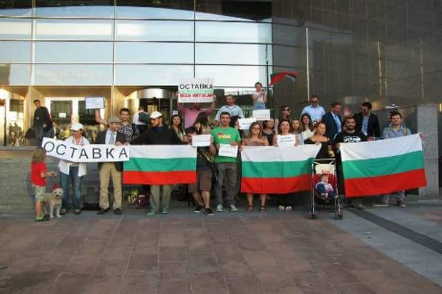 Lucian Mîndruţă a făcut un apel la vot atât de puternic încât au ieşit la urne şi bulgarii