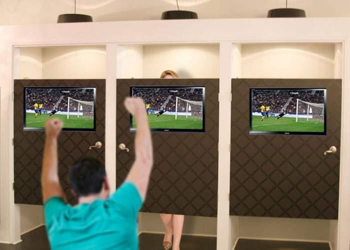 Ușile cabinelor de probă vor fi dotate cu televizoare, ca bărbații să nu mai adoarmă în fața lor