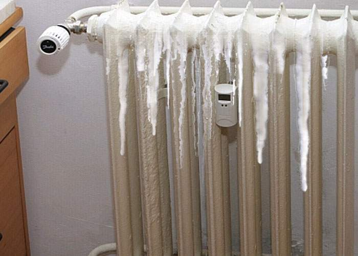 Oprescu: Pentru ca bucureştenii să simtă că e iarnă, în calorifere se va băga freon