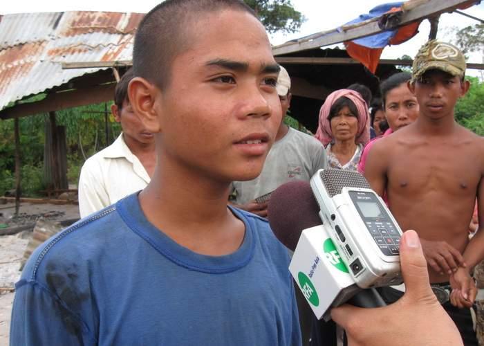 Oficial, avem în ţară mai mulţi cambodgieni decât oameni cărora le pasă că Antonia e cu Alex Velea