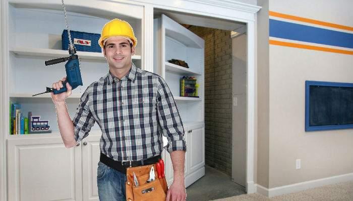 Studiu. Românii care sparg ziduri prin casă speră de fapt să mai găsească o cameră!