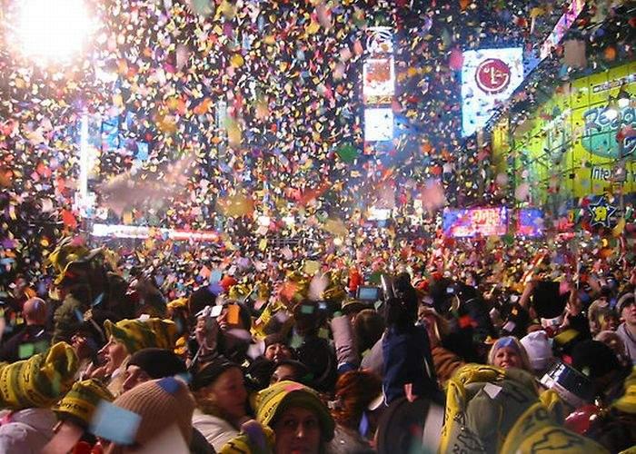 Canadienii au ieşit în stradă ca să sărbătorească plecarea lui Hruşcă în România