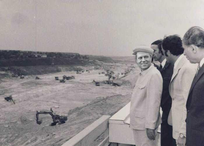 Iohannis, primul proiect de infrastructură: un canal spre Dunăre la care vor lucra toți pesediștii