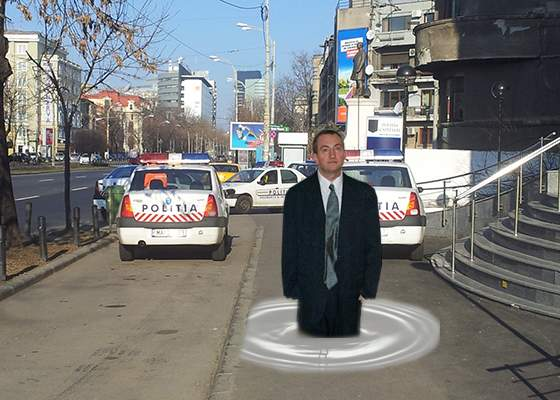 Caniculă în București! Primăria intervine cu raclete pentru a dezlipi oamenii de pe asfalt