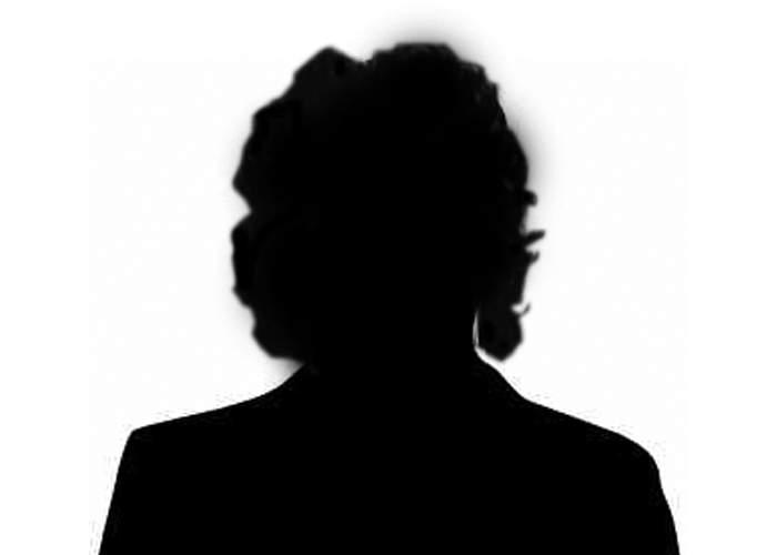 Şocant! O cântăreaţă anonimă nu s-a sinucis pentru a deveni celebră