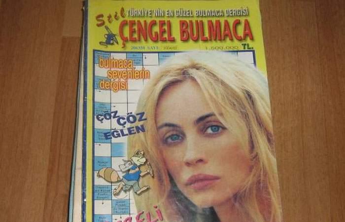 România nu mai produce nimic! Chioşcurile de ziare au început să vândă integrame turceşti