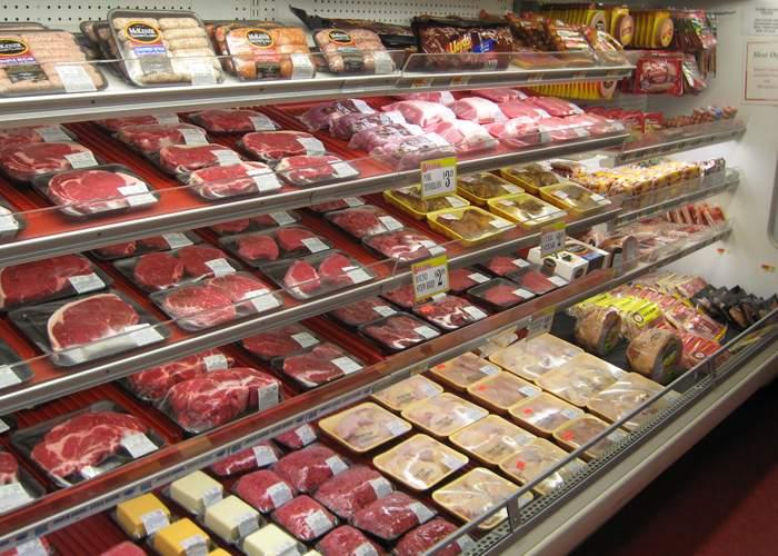 Supermarketurile româneşti liniştesc clienţii: La noi nici în carnea de cal nu e carne de cal