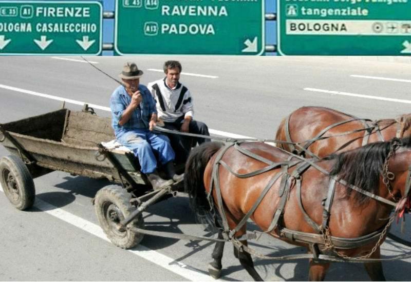 Abuzurile italienilor continuă. Unui român i s-a confiscat căruţa pe autostradă!