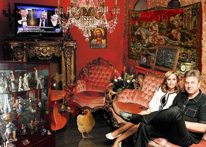 Muzeul Kitschului, închis după ce Gabi Firea s-a supărat şi şi-a luat exponatele înapoi acasă