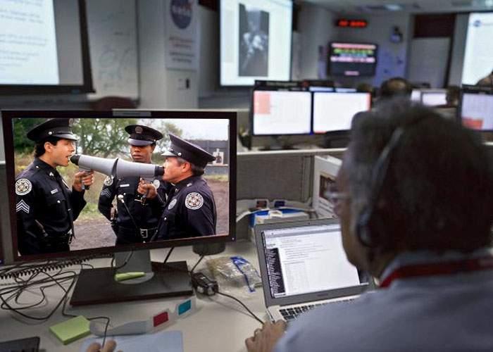 """Cercetătorii britanici: 80% din filmele de pe Voyo.ro sunt reluări ale """"Academiei de Poliţie"""""""