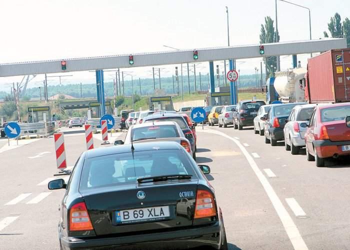 De 1 mai n-a fost taxă pe A2, dar cozi tot au fost: românii au trecut de mai multe ori, din lăcomie