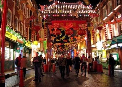 În doar două zile, Chinatown-ul de lângă Bucureşti şi-a dublat populaţia
