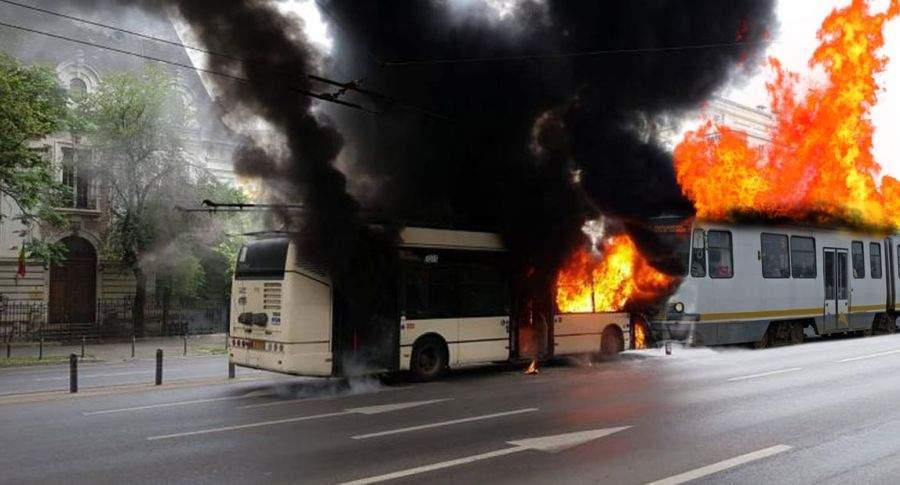 Accident spectaculos. Un troleibuz în flăcări a lovit un tramvai în flăcări