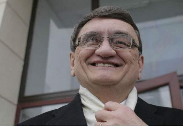 Ciorbea refuză să conteste OUG 7 la CCR, că e în grevă de solidaritate cu magistraţii