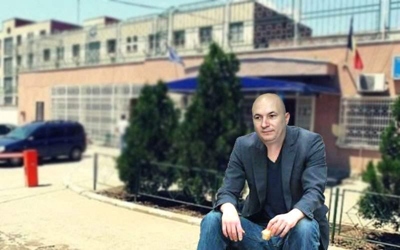 Emoţionant! Codrin Ştefănescu îşi aşteaptă în fiecare zi stăpânul la poartă la Rahova