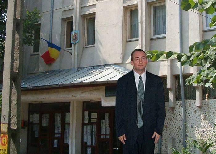 Justiție dură nu doar cu violatorii! Tot azi, românul care a furat o găină a luat 5 ani cu executare