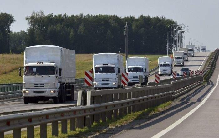 """Ruşii mai trimit un convoi """"umanitar"""" în Ucraina. 10 chestii noi trimise de ruşi"""