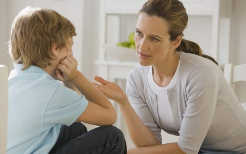 Bucureştenii se întreabă la ce vârstă e bine să-i spui copilului că nu există apă caldă