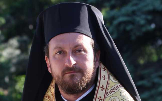 Episcopul de Huși, dat afară din arest preventiv, că făcea orgii în celulă