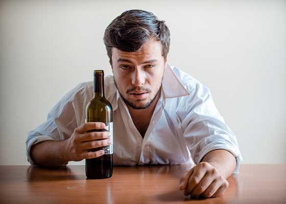 Un român a renunţat la jobul din corporaţie ca să se dedice adevăratei sale pasiuni: băutul