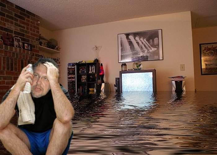 Din cauza caniculei, Gabriel Cotabiţă a transpirat atât de tare încât şi-a inundat vecinii
