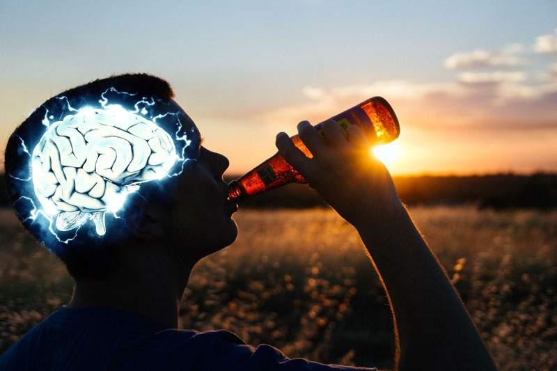 Studiu. Bărbaţii folosesc 10% din creier pentru treburi curente şi restul de 90% pentru găsit scuze să plece la bere