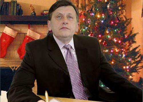 """Poza zilei! Crin Antonescu a trimis o scrisoare în engleză către Moş Crăciun: """"Deer Santa…"""""""