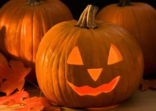 15 lucruri despre cum sărbătoresc românii Halloweenul