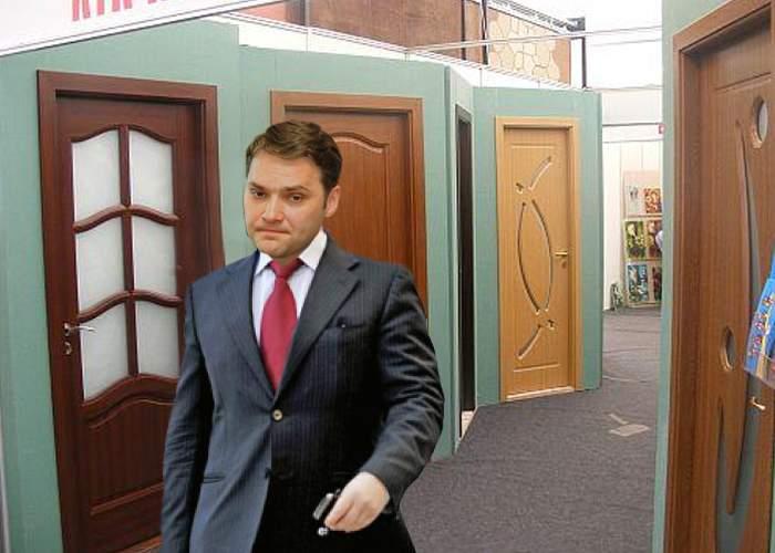 Dan Şova, rătăcit de trei zile într-un magazin de uşi: nu ştie pe unde să iasă