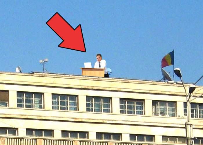 """Dan Şova şi-a mutat biroul pe clădirea Guvernului! """"Stau în soare, poate mi se dilată creierul"""""""