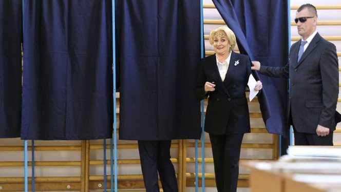 Nereguli grave la o secție de vot din Teleorman! Mai multe persoane au votat cu Dăncilă