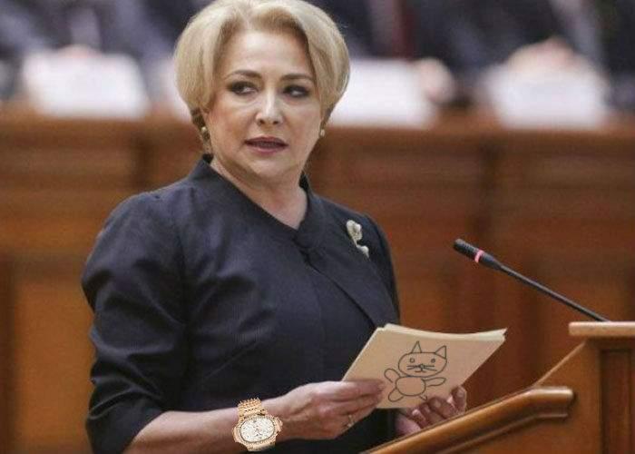 Viorica Dăncilă, foarte nervoasă, că i-a adus Dragnea un ceas din Elveţia şi ea nu ştie să citească ora pe el