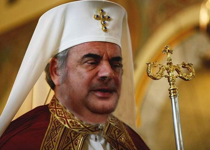 Totul pentru bani! Patriarhul Daniel şi-a ras barba pentru a deveni imaginea Gillette