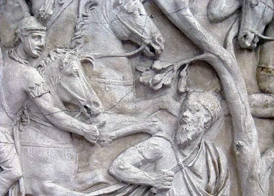 Columna lui Traian va fi refăcută pentru a corespunde manualelor alternative de istorie