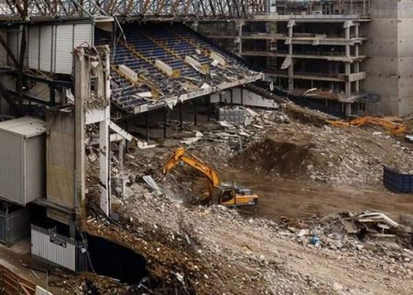 Tâmpiţilor! Demolaţi stadionul greşit! Marcel Pavel a cântat pe Naţional Arena, nu pe Ghencea