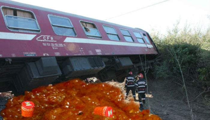Un tren burduşit cu studenţi a deraiat, 30.000 de borcane de zacuscă distruse
