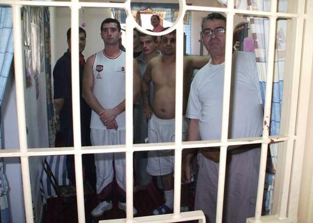 Deţinuţii politici de la penitenciarul Rahova : Aici s-a murit pentru liberare!