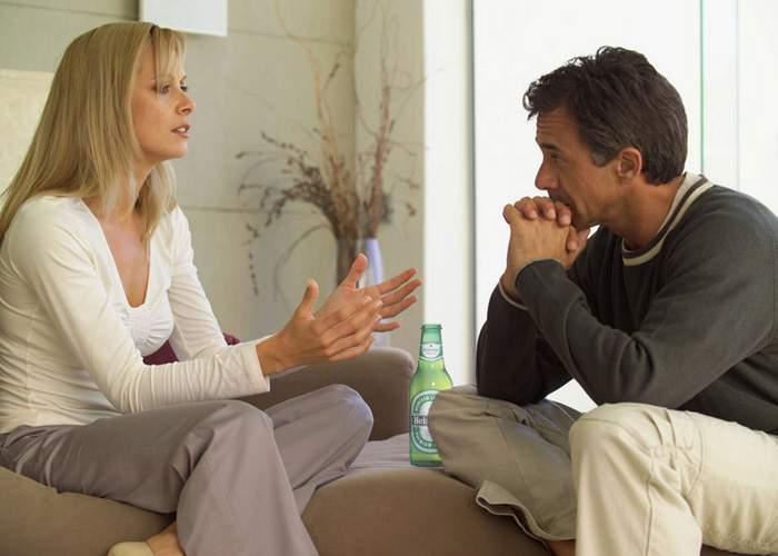 Bărbaţii vor ca discuţiile în cuplu să fie întrerupte de reclame, pentru a putea merge la toaletă