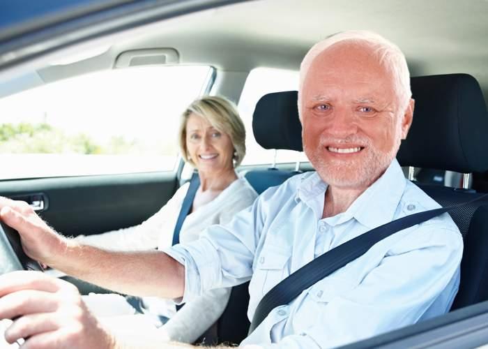 Renunță la prejudecăți! De fapt, şoferii claxonează ca să nu mai audă nevasta