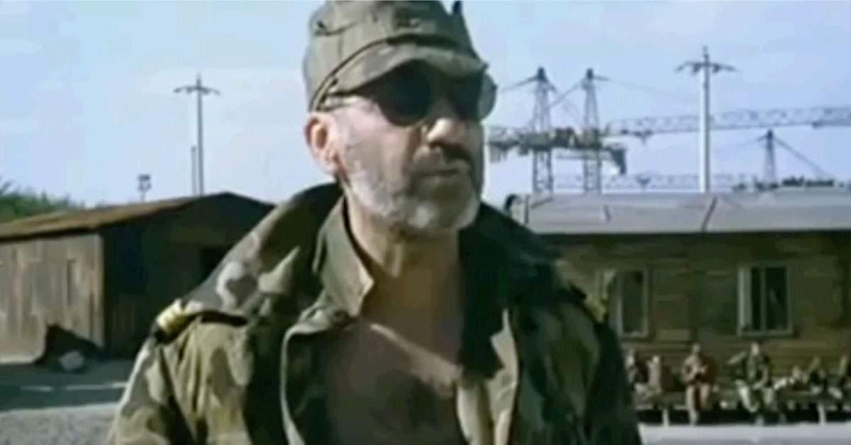 """Medicul militar Burcea: """"Am o seringă de-un metru și-o să vă vaccinez pe toți cu ea!"""""""