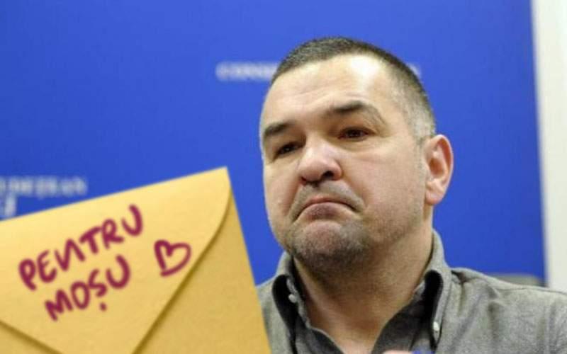 """Leonard Doroftei îi roagă pe copii să nu mai scrie pe plicuri """"Pentru Moşu"""" şi atât"""