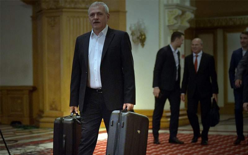 Un copil sărac din Teleorman reclamă că i-au dispărut două valize