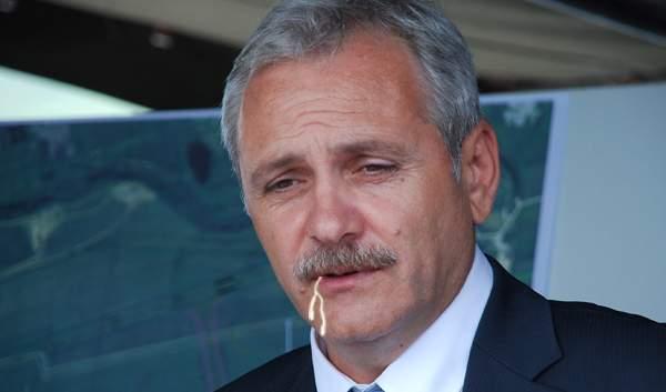 Poza zilei! Liviu Dragnea a ieșit cu ceva suspect în colțul gurii de la negocierile cu UDMR
