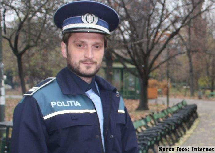 Impresionant! Un poliţist spune invers cuvinte din două litere, aproape instantaneu
