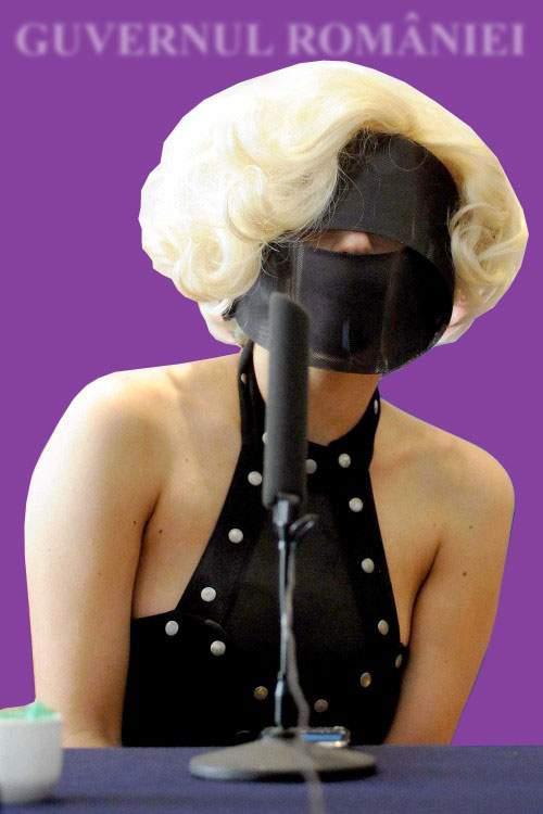 Elena Udrea vrea să devină anonimă: va apărea în public doar cu o mască pe faţă