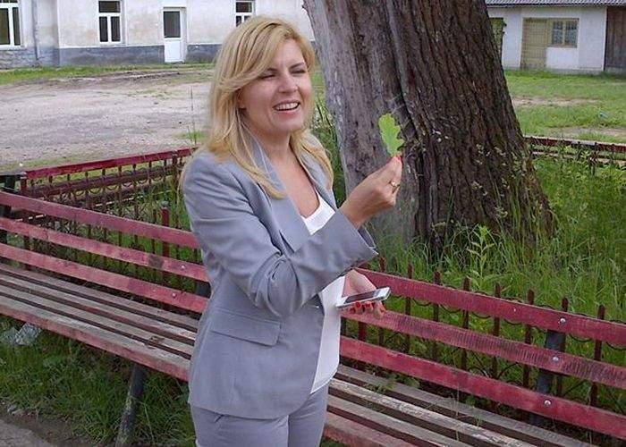 8 bărbaţi care teoretic se bucură că Elena Udrea a divorţat