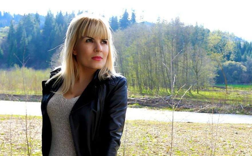 Din reflex, procurorii au inclus-o pe Udrea şi în dosarul de prostituţie al asistentelor TV