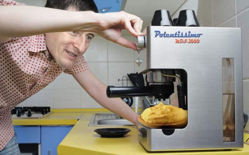Pregătiţi capsulele de mălai! Un român a inventat espressorul de mămăligă