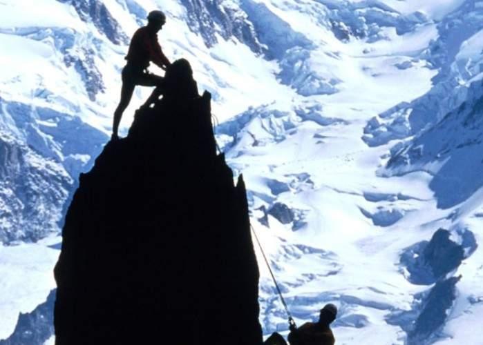 Expediția românească plecată în căutarea punctului G s-a întors cu bine acasă